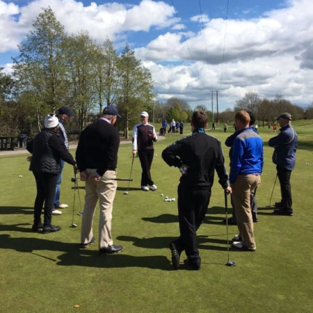 Group golf lesson clinics